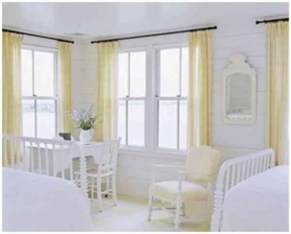 Магия белого в дизайне интерьера в летнем домике